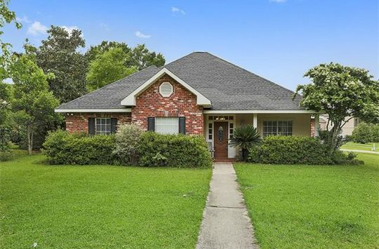 108 CHERRY CREEK DR Mandeville, LA 70471 - Image 2